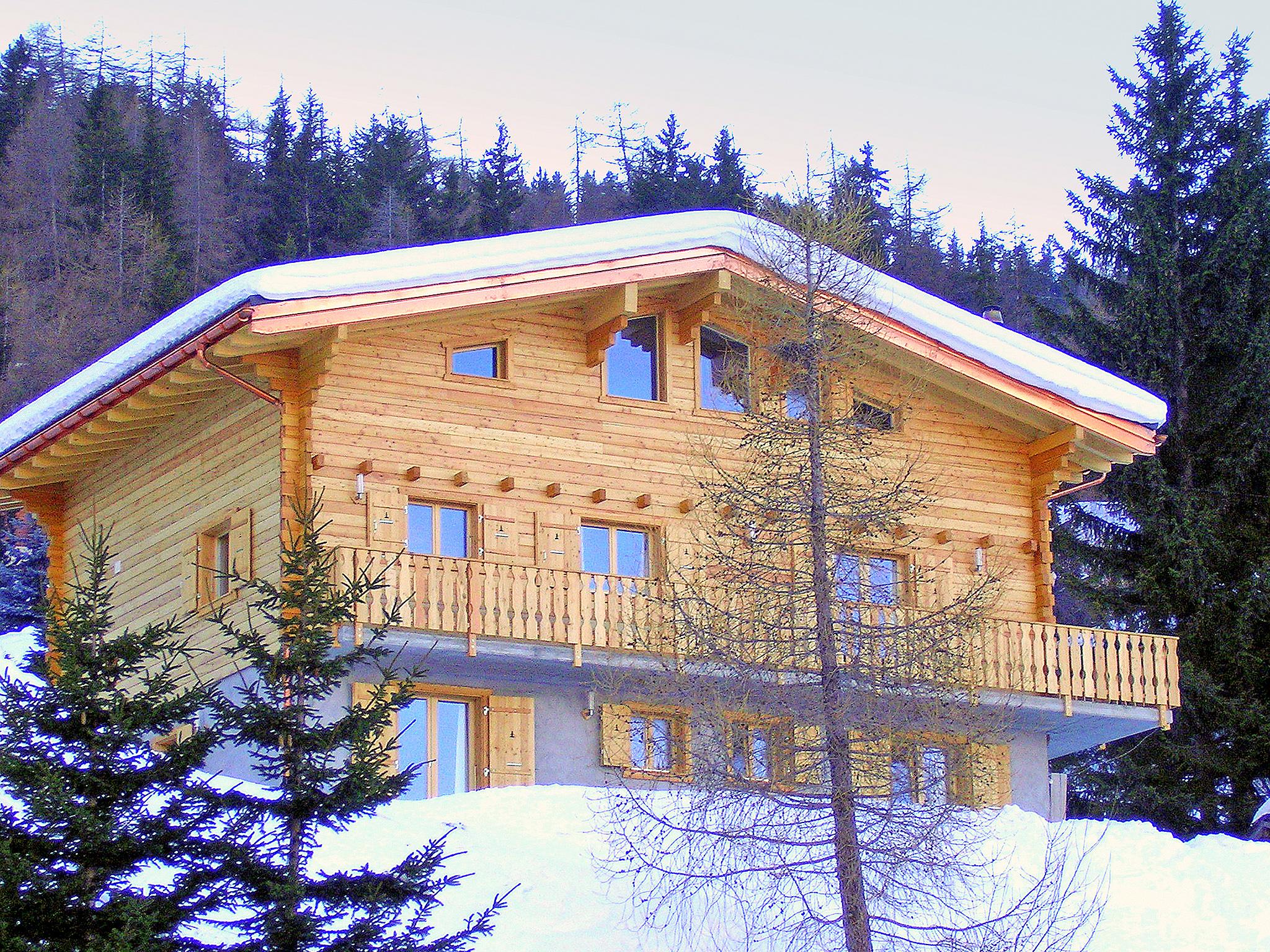 Chalet Charmille met sauna en buiten-jacuzzi - 14 personen